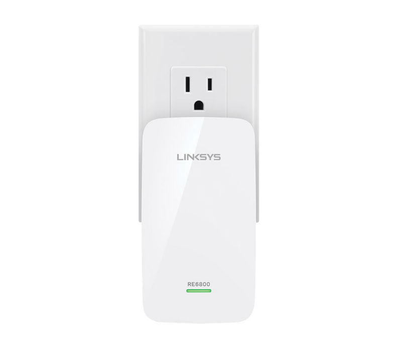 The RE6800 Range Extender features a slim design and compact footprint