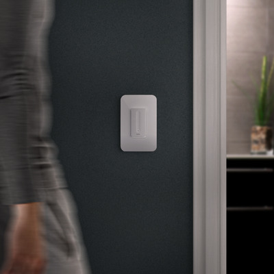 Wemo Dimmer shown in Night Mode in dark house